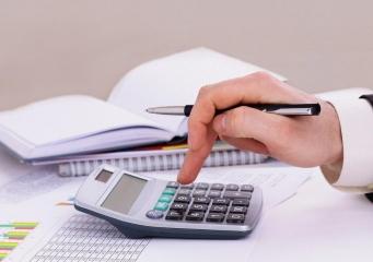 Чи варто брати кредит під заставу автомобіля в банку?