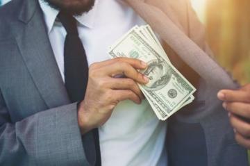 Де можна взяти кредит без офіційного працевлаштування?